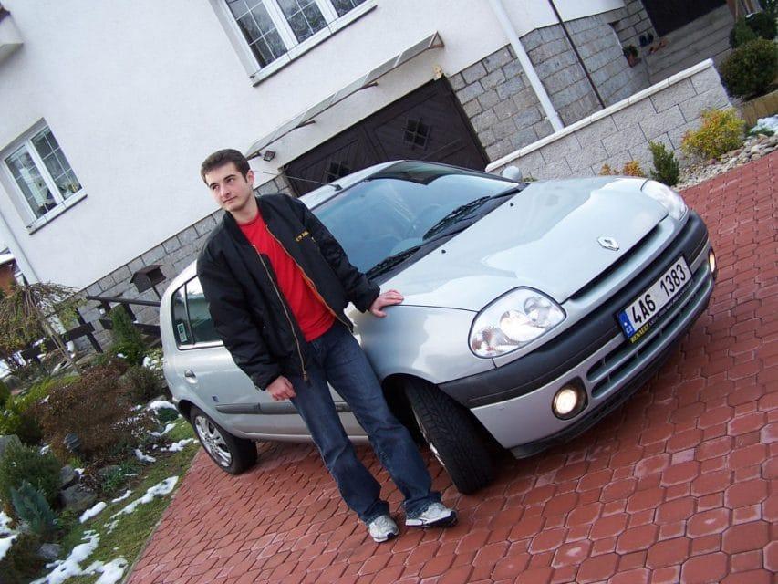 Test ojetiny: Renault Clio 1.4 MTV: Městský hudebník (2000)