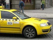 Praha zrušila stanoviště taxi na Staroměstském náměstí