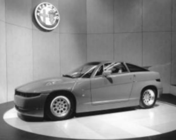 Před dvaceti lety: Alfa Romeo spouští výrobu kupé ES 30