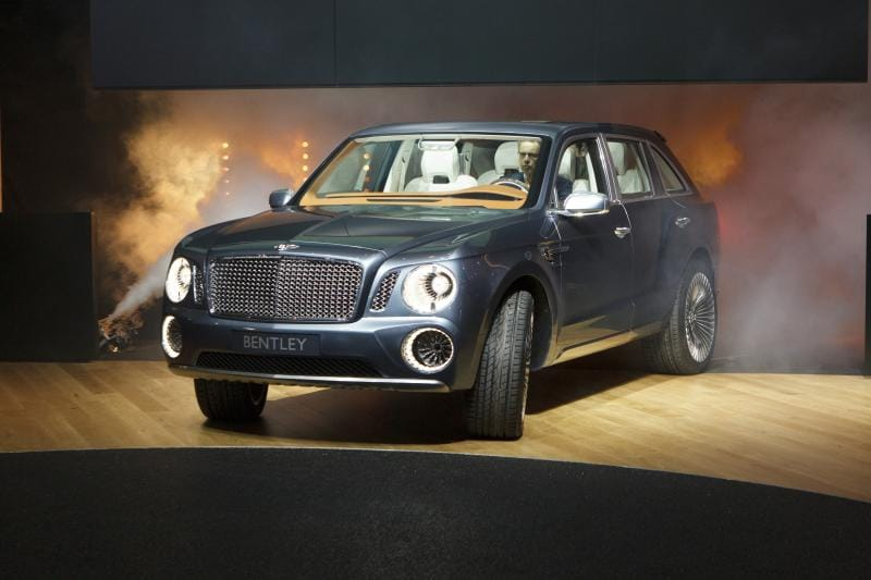 Ženeva 2012: superluxusní koncept Bentley EXP 9 F