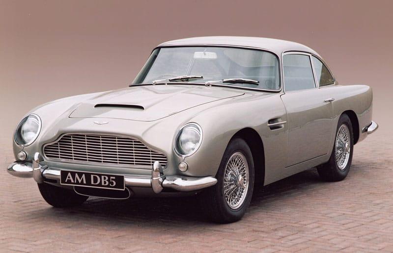 Aston Martin DB5 1964 Jamese Bonda jde do dražby