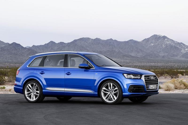Nová Audi Q7 bude menší, lehčí a modernější. Máme první fotky