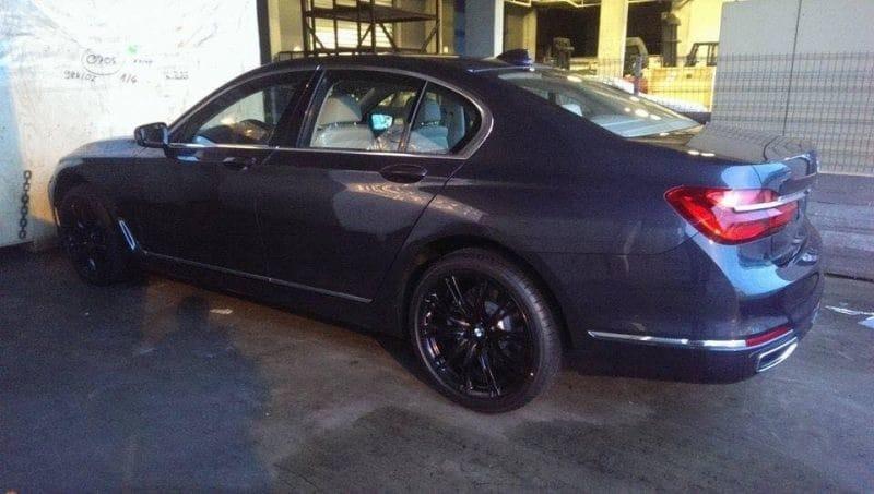 PRVNÍ FOTO: Nové BMW 7 odhaleno!