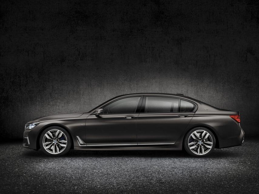 Nový klenot s V12 pod kapotou: BMW M760Li xDrive