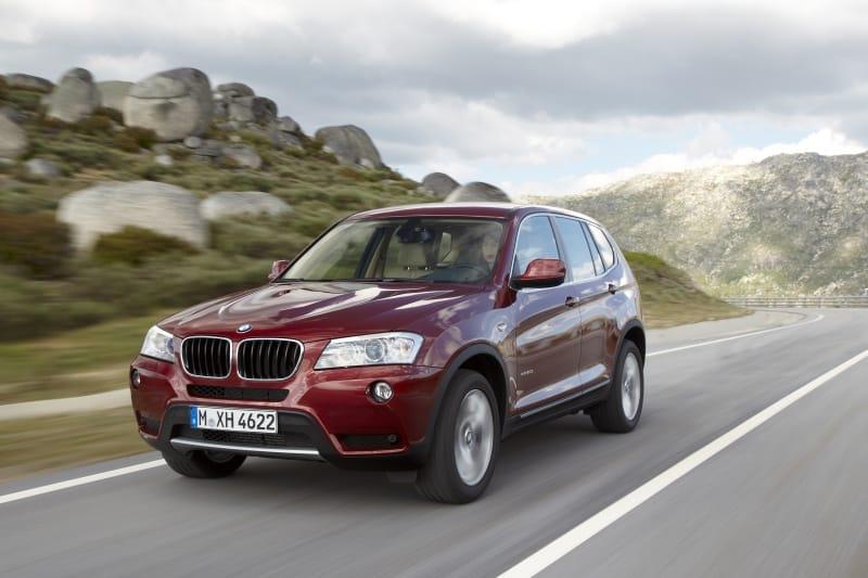 BMW X3 druhé generace oficiálně: technická data a spousta fotek