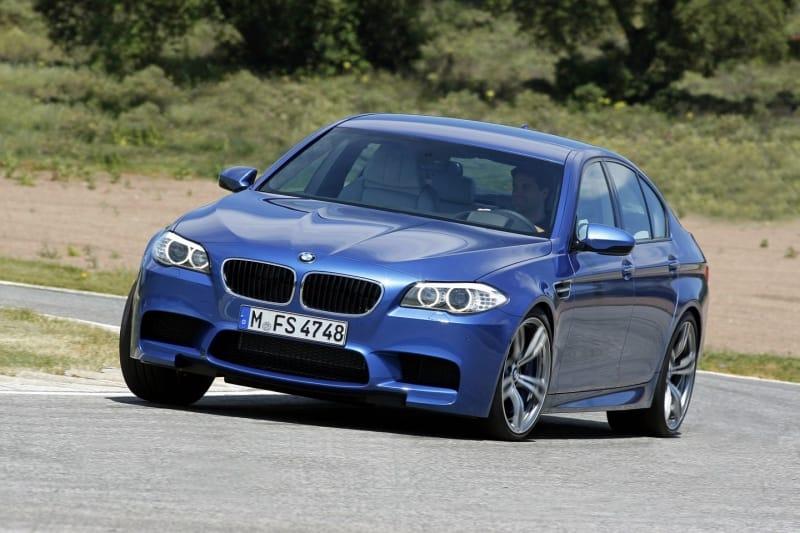 BMW M5 jako diesel? Brzy realita: tři turba a elektromotor