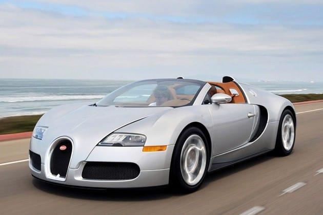 Bude Bugatti Veyron s dvanácti sty koňských sil odhalen v Paříži?