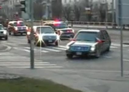 Barack Obama v Praze: Cadillac One a Škoda Fabia