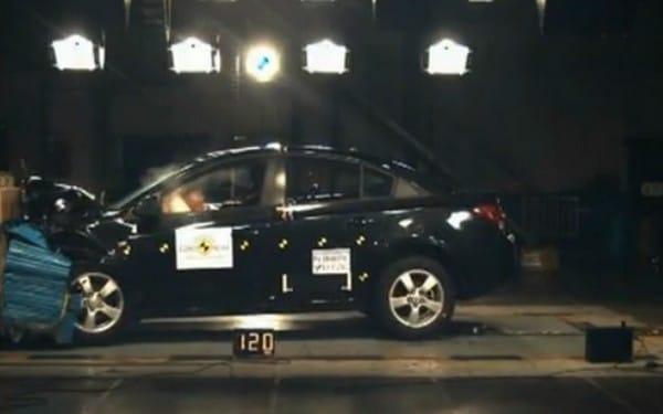 VIDEO: Chevrolet Spark a Cruze v testu EuroNCAP