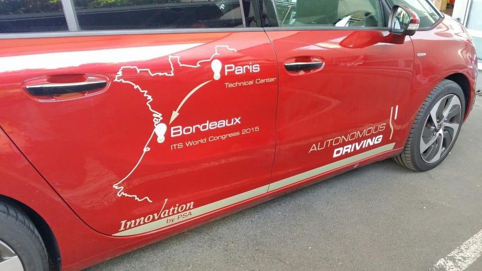 Citroën C4 Picasso ujel v provozu 580 km bez řidiče