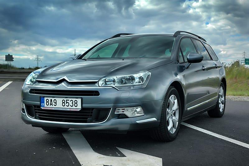 Citroën C5 Tourer 2.0 HDi: klidně, zato s charakterem