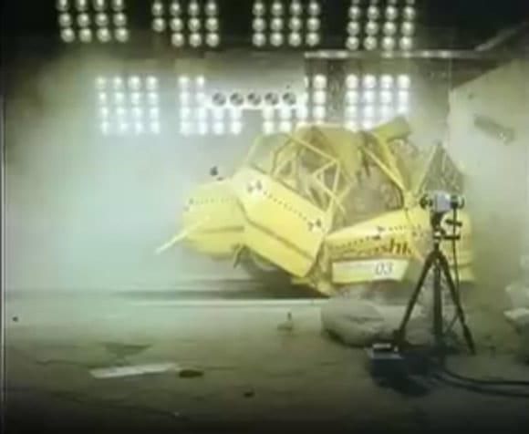 VIDEO: Crash test, který jsme si nepřáli vidět