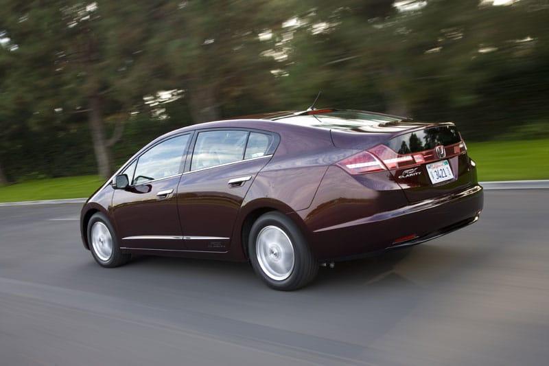 Honda FCX Clarity: první komerční auto na vodík