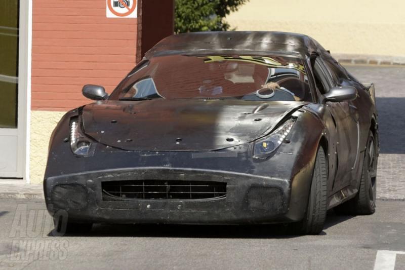 Špionáž: Nové Ferrari 612 Scaglietti zachyceno v Maranellu