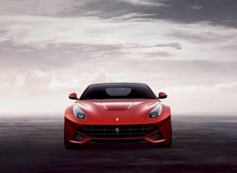 Ženeva 2012: Ferrari F12 Berlinetta, 12 válců a 740 koní