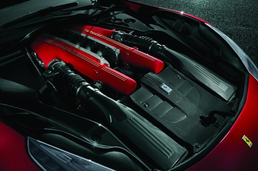 Ferrari slibuje: atmosférickou V12 si necháme!