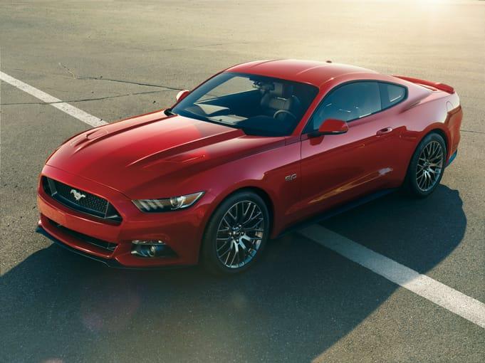 Ford vsadí na hybridy. Představil Mustang Hybrid a připravuje elektrické SUV