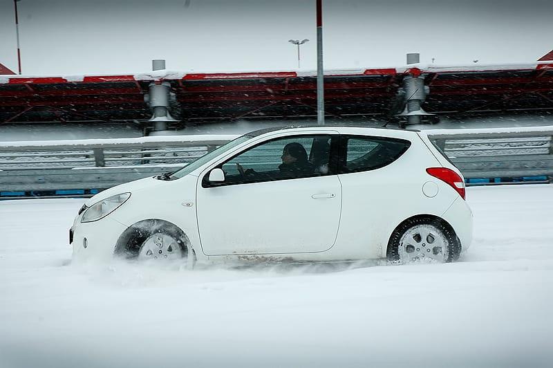 Hyundai i20 1.6 CVVT: zábava v mezích zákona