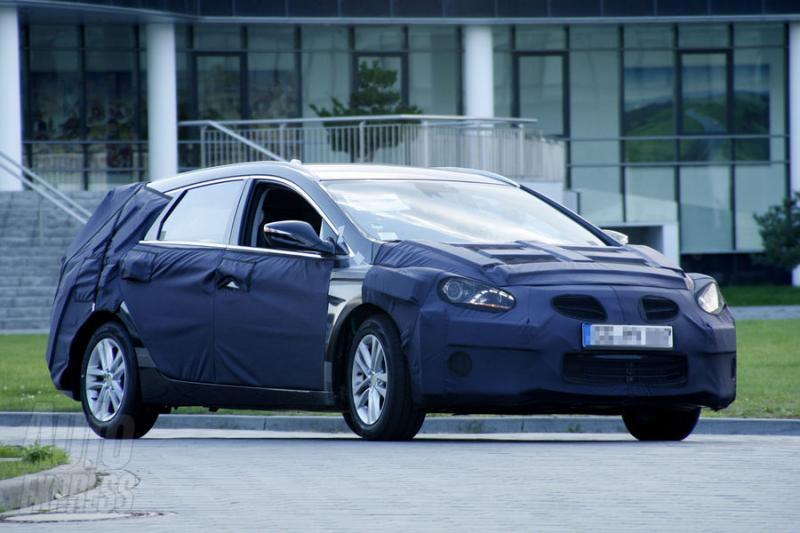 Špionáž: Hyundai i40 CW čili kombi v masce