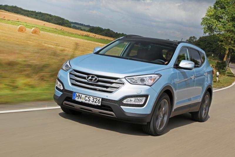 Hyundai Santa Fe třetí generace se už prodává. Stojí 700 tisíc