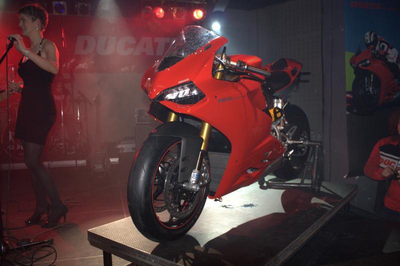 FOTOREPORTÁŽ: Ducati 1199 Panigale se představila v MeetFactory