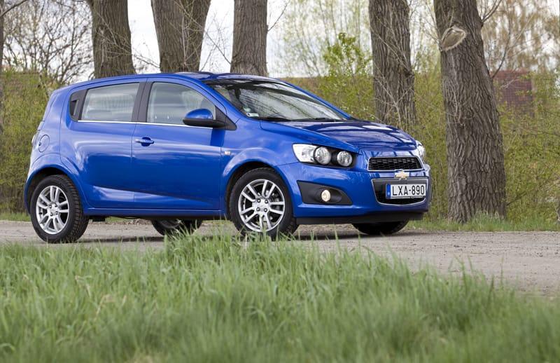 Chevrolet Aveo 1.4 LTZ: málo peněz, málo muziky