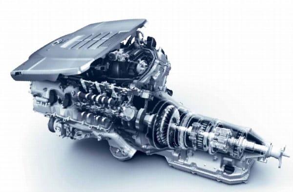 Lexus LS 600h: pohled pod kapotu největšího z hybridů