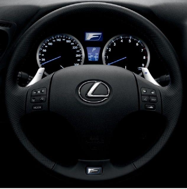 Představujeme: Lexus IS F jako kladivo na M3