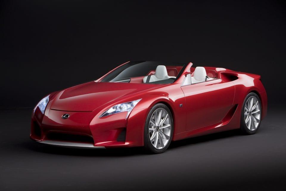 Lexus LFA Roadster uhání až 320 km/h