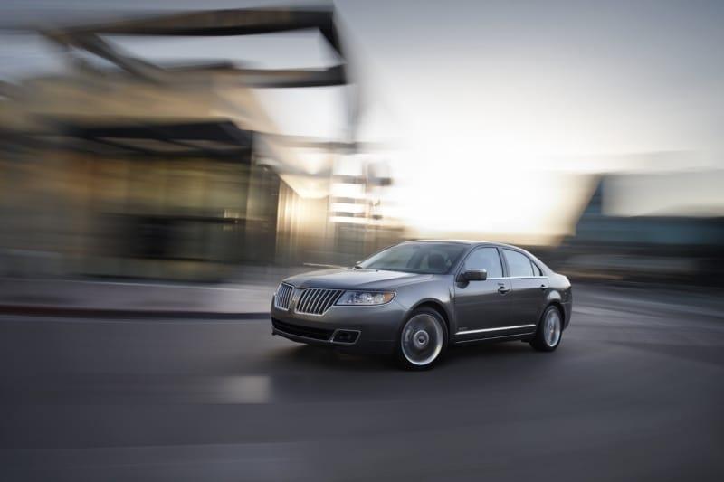 Lincoln MKZ Hybrid: Amerika dostane nejúspornější luxusní sedan
