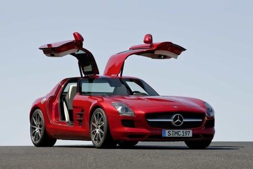 Auto roku 2011 v ČR: překvapivý vítěz je Mercedes-Benz SLS AMG