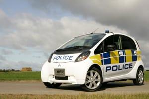 Britská policie má novou posilu: Mitsubishi iMiEV