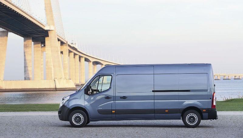 Opel Movano a Renault Master: nová dvojčata představena