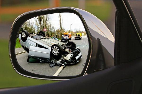 Řada řidičů není pojištěna proti jedné věci, která je při nehodě stojí nejvíc peněz