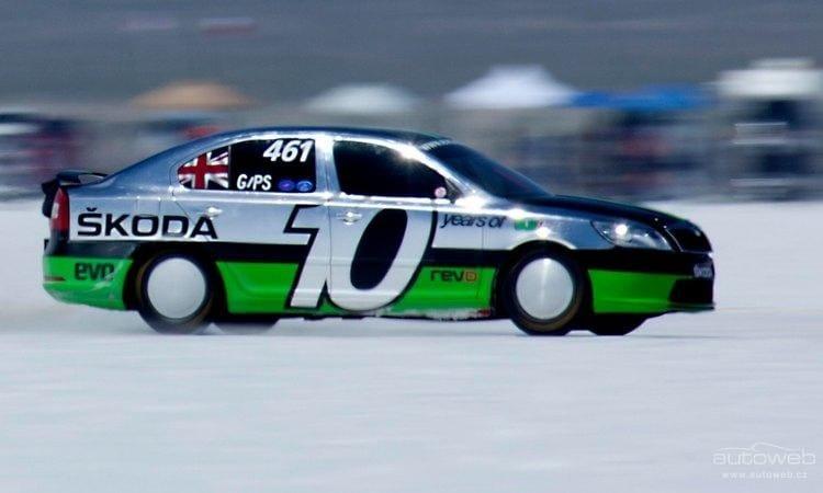 Rekord: Škoda Octavia s výkonem 500 koní překonala 320 km/h