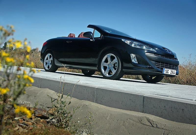 Peugeot 308 CC 1.6 THP: konec německého e(p)osu?