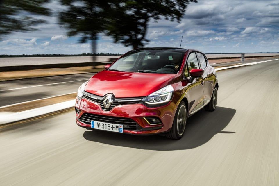 Renault  Clio dostal facelift: nový vzhled, motory i výbava