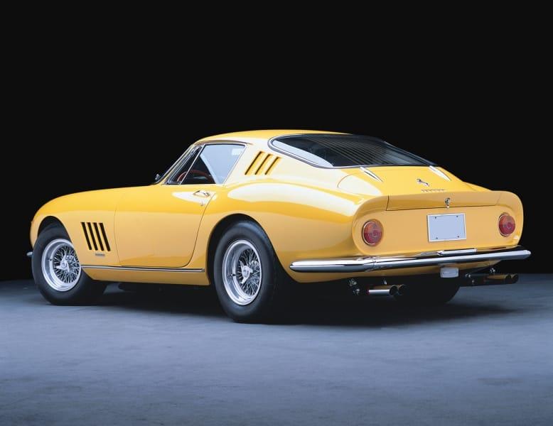 Tři exkluzivní Ferrari prošly aukcí. Každé za víc než milion dolarů