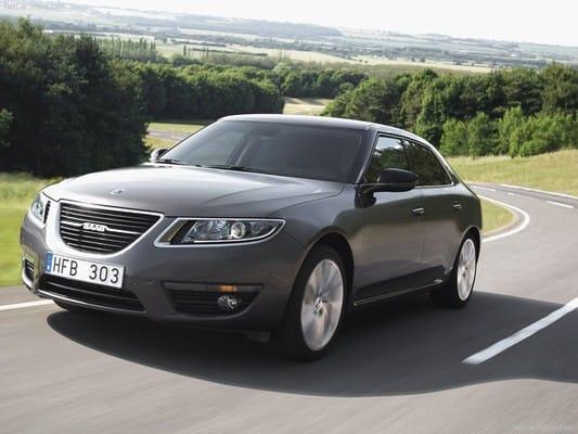 Saab 9-5 stojí tři čtvrtě milionu korun: ceny a výbavy z Británie