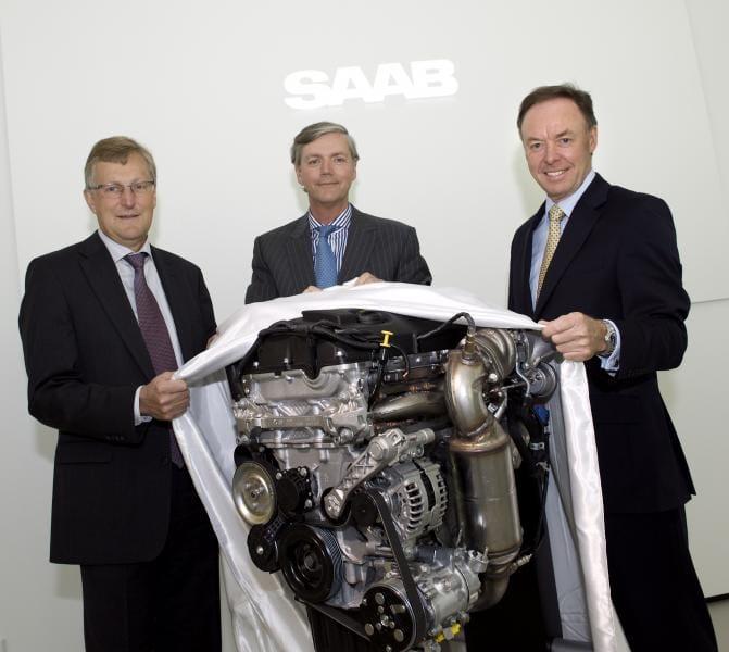 Saab a BMW podepsali spolupráci. Švédi získají benzinové motory