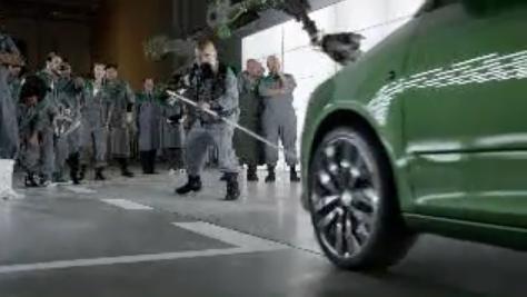 VIDEO: Jak vzniká Škoda Fabia RS? V rukou drsných chlapů