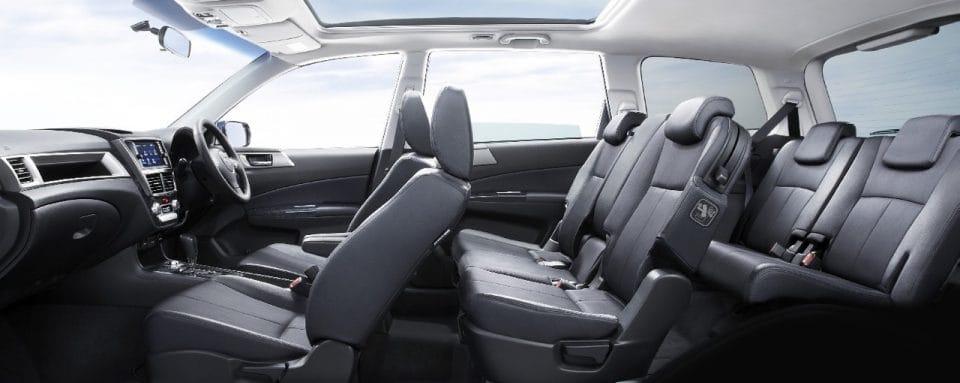 Subaru Exiga: fotografie a technické údaje