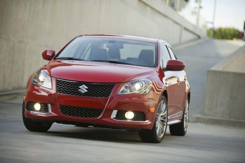 Suzuki představuje v New Yorku Kizashi Sport a SX4 SportBack