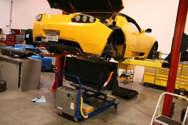 Toyota chystá elektromobil, připravuje ho pro ni Tesla