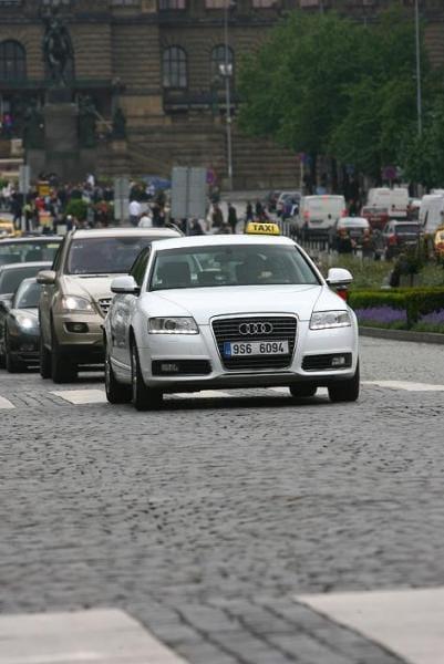 Taxislužba Tick Tack nabízí připojení k internetu