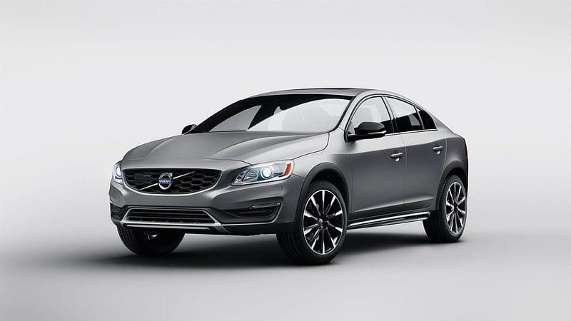 Volvo S60 Cross Country: první terénní sedan?
