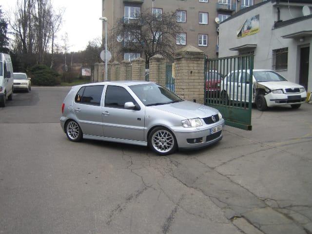 Test ojetiny: Volkswagen Polo 1.6 GTi: střela ve městě i na okreskách (2000)