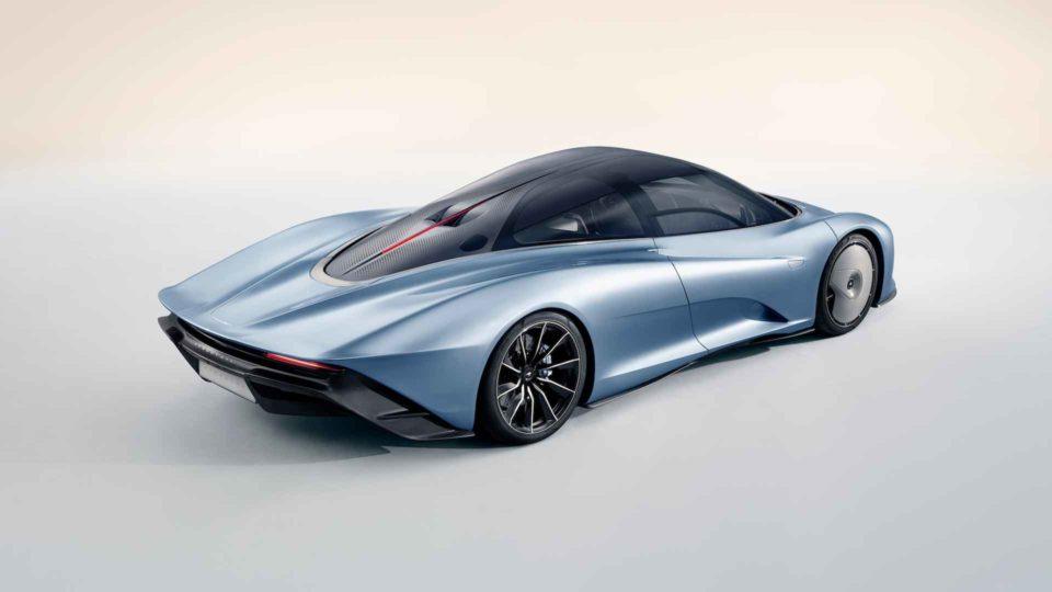 McLaren Speedtail: šílený hypersport má tisíc koní a jede 400 km/h