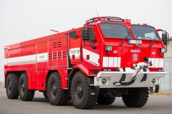 Tatra Titan: extrémní speciál pro hasiče, který nahradí tank