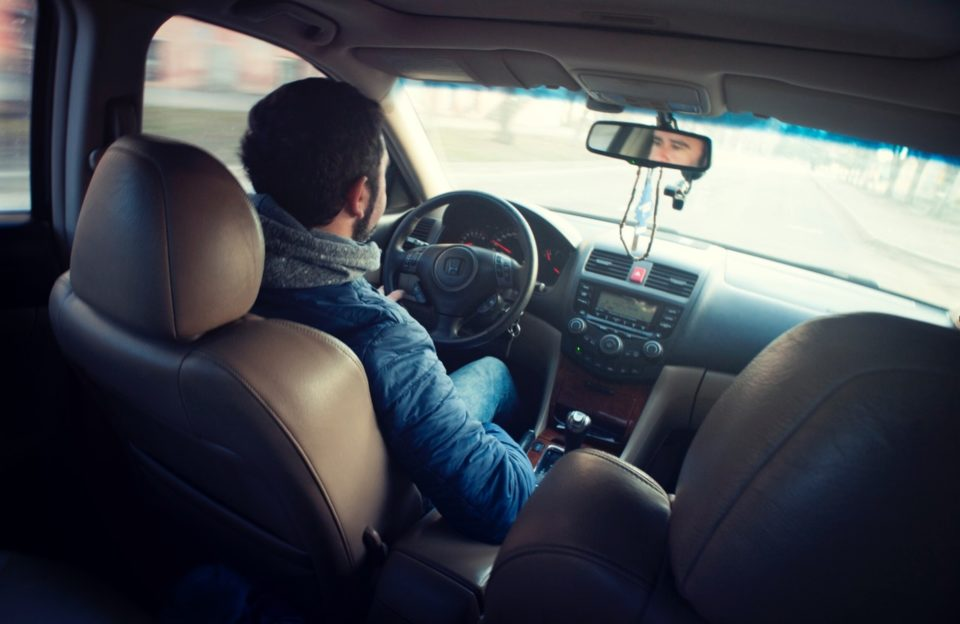 Povinná výbava, lékárnička… Jaké změny přinesl řidičům rok 2018?